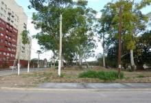 Trabajos de urbanizacion en la plaza de la ex-Villa Piolin