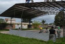 Un nuevo patio cubierto para la Escuela de Comercio en Banda del Rio Sali