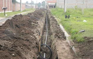 La DAU realiza obras de agua y cloacas en capital
