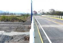 Ya esta habilitado el transito vehicular sobre el puente del río Lules
