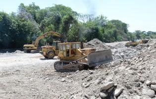 Obras de encauce y dragado en el Río Lules