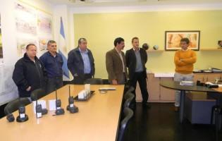 Entrega de Radiocomunicadores a representantes de cuatro comunas de la provincia