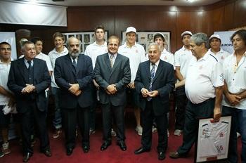 """La Caja Popular de Ahorros en apoyo a Los """"Naranjitas"""" presentaron nueva indumentaria"""