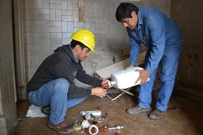 Construcciones Escolares | Trabajos de mejora sanitaria en la Escuela Obispo Molina