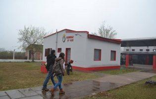 Construcciones Escolares   Trabajos de pintura y mantenimiento en un establecimiento educativo del interior