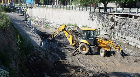 Obras Públicas | Continúan los trabajos en los canales de cara a la próxima temporada de lluvias