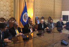 Manzur consolida lazos comerciales, académicos y turísticos en la misión