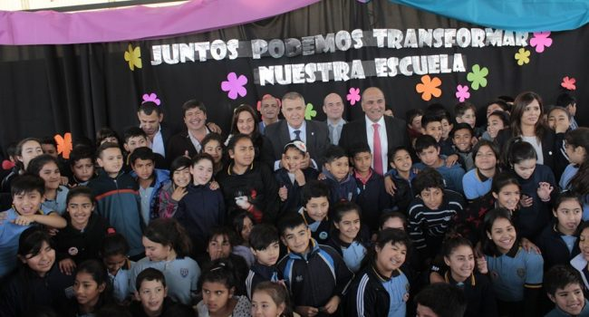 Construcciones Escolares | El gobernador Manzur visito la escuela Pantaleon Fernandez