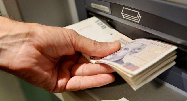 Economia   Inicia el pago del 20% a estatales