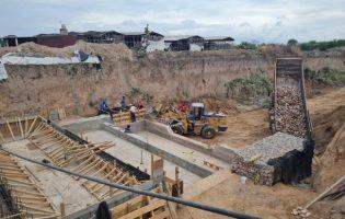 Alto El Puesto   Concretan obra hídrica para proteger caminos rurales